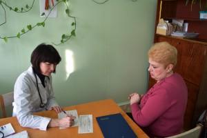 терапевт Вишнякова О.В. ведет прием пациентов в с.Тросна